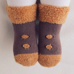 Snug Button Socks - Rust