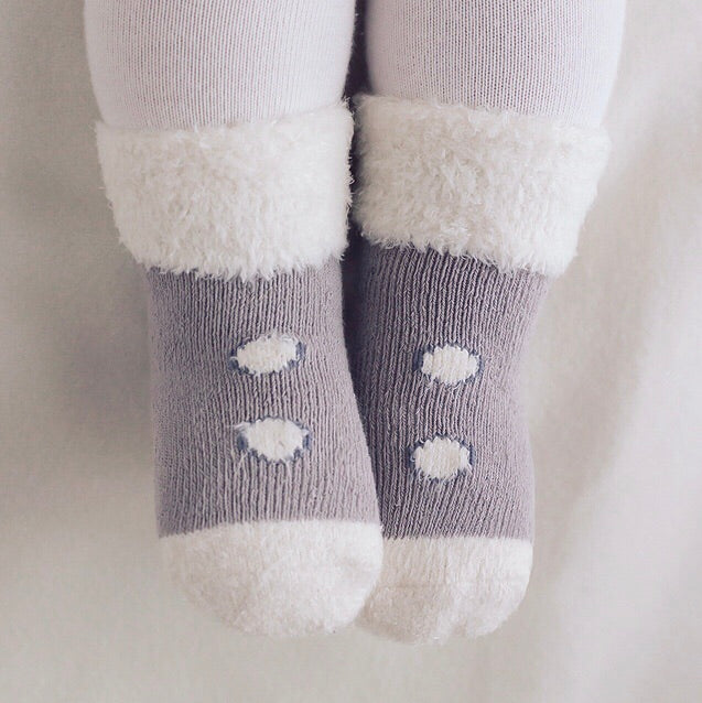 Snug Button Socks - Silver