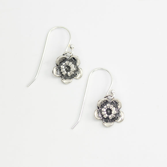 VIELÄ Blossom earrings