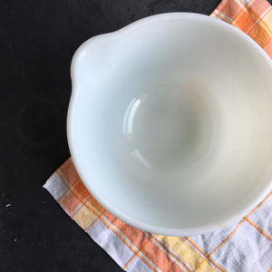 Vintage 1940s Milk Glass Mixing Bowl for Hamilton Beach Stand Mixer
