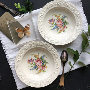 Vintage 1930's Homer Laughlin Theme Eggshell Bowls - Set of Two - Floral Bouquet with Raised Grapevine Rims