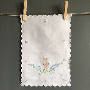 Vintage Embroidered Linen Tray Liners - Set of Three 9 x 12 Cloths