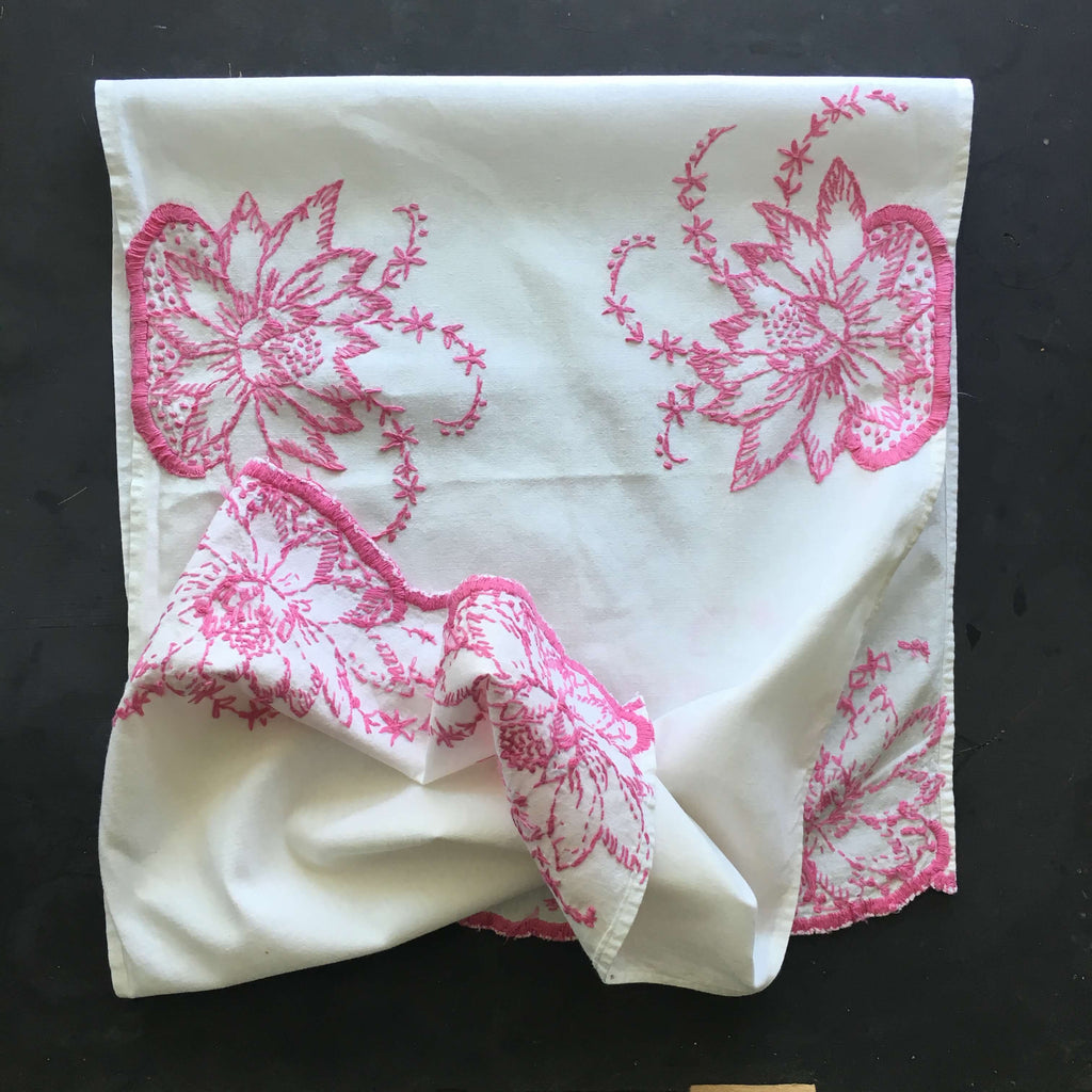 Vintage Embroidered Lotus Flower Table Runner - Pink and White Floral Cotton Kitchen Linens