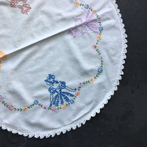 Vintage Round Embroidered Table Top Linen - Four Girls in Bonnets Floral Design with Crocheted Edge