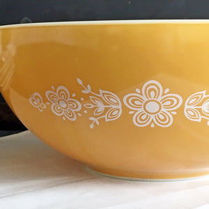 Vintage Pyrex #444 4 Quart Cinderella Mixing Bowl - Butterfly Gold - Circa 1972 to 1981
