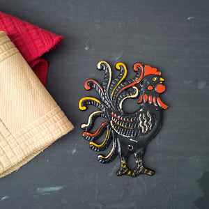 Metal Folk Art Chicken - Vintage Wall Plaque - Artistic Kitchen - Right Facing Chicken