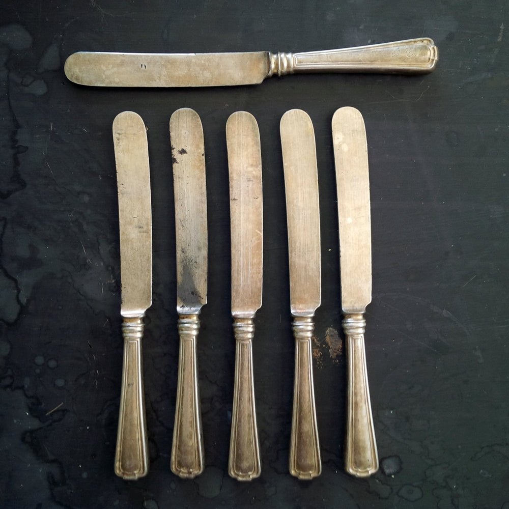 Early 1900's Luncheon Knives by 1847 Rogers Bros - Cromwell Pattern - Monogrammed Set of Six