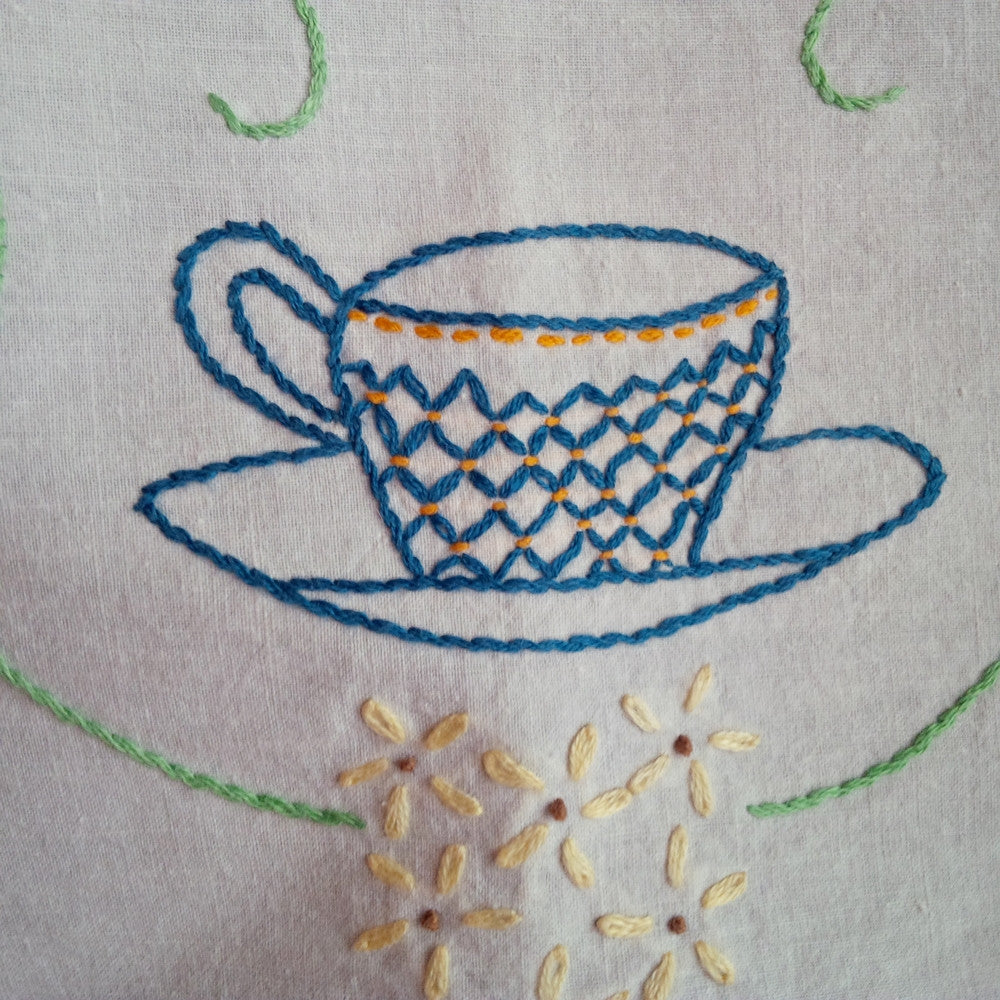 Vintage Embroidered Cotton Tablecloth and Runner - Tea Cup with Flowers Design - Set of Two