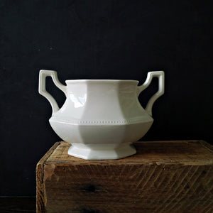 Johnson Brothers Ironstone Sugar Bowl - Heritage Pattern - Made in England