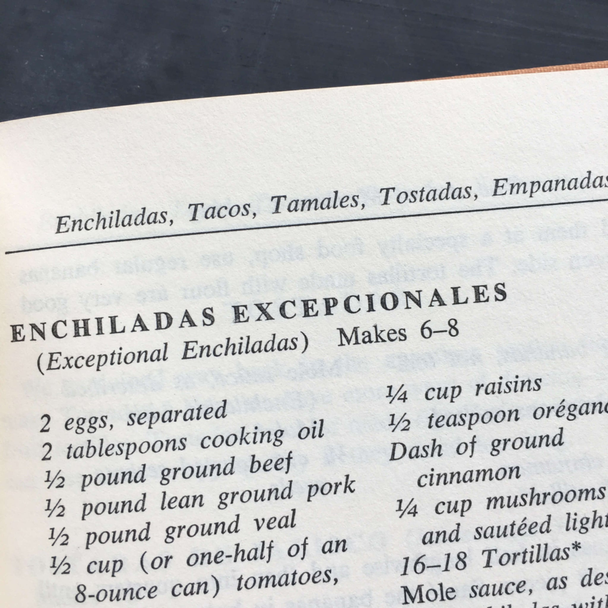 The Art of Mexican Cooking - Jan Aaron & Georgine Sachs Salom - 1965 Edition - Traditional Mexican Food