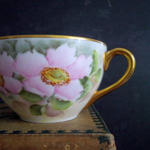 Vintage Noritake Teacups Handpainted in the 1940s - Pink Florals, Gold Handles - Set of 4