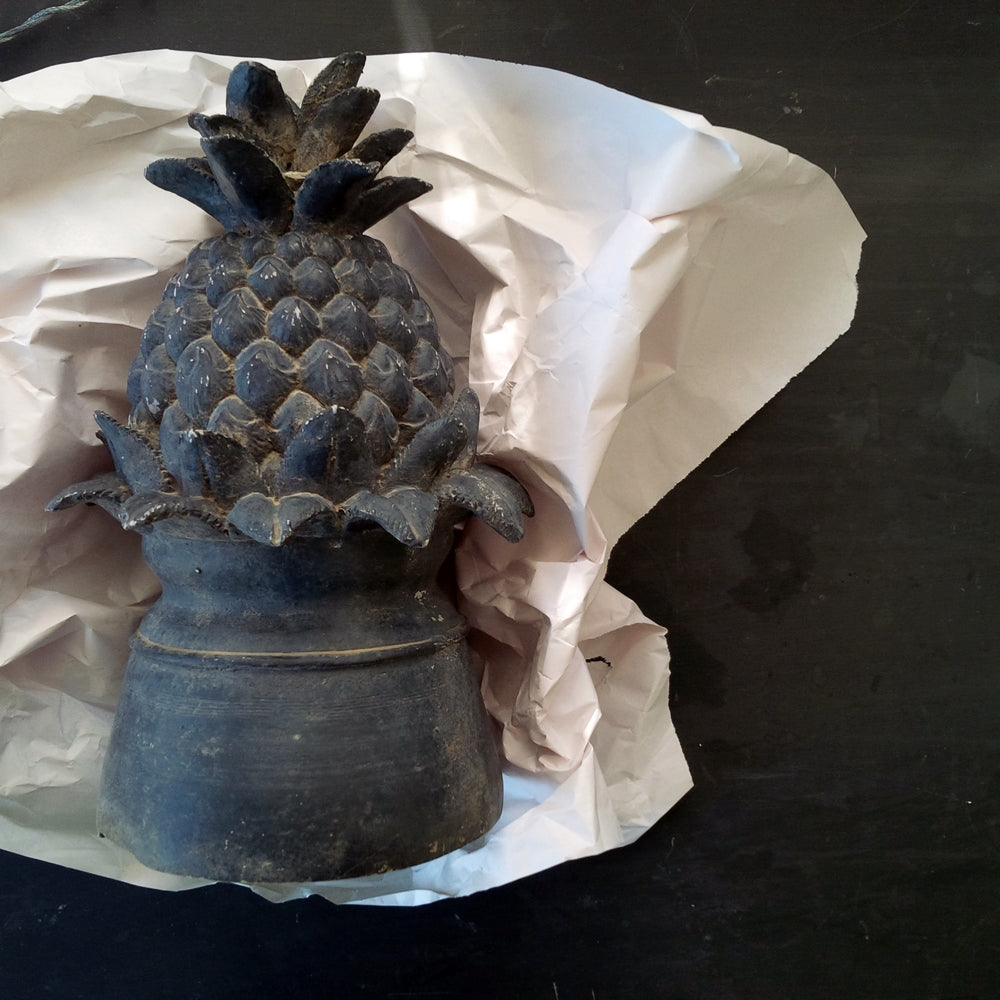 Vintage Pineapple Fountain Top Piece - Dark Grey Plaster Resin - Garden Art, Table Centerpiece Decor