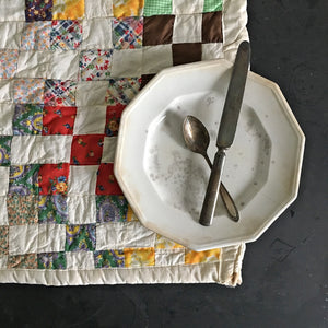 Vintage 1930's Quilt Square Piece - 20x19 Cotton Feedsack Table Linen - Farmhouse Decor