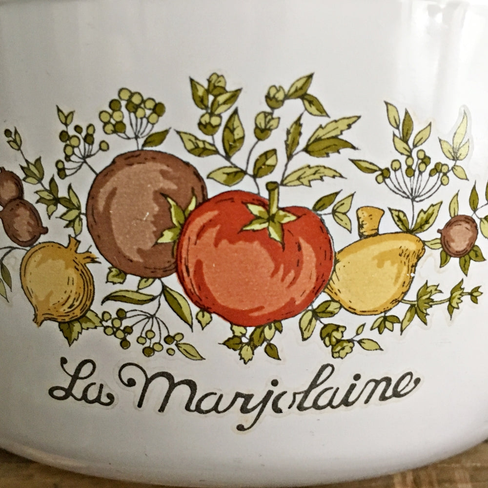 Vintage Corning Ware Spice of Life Covered Dish - 1 and 1/2 Pint Size - La Marjolaine