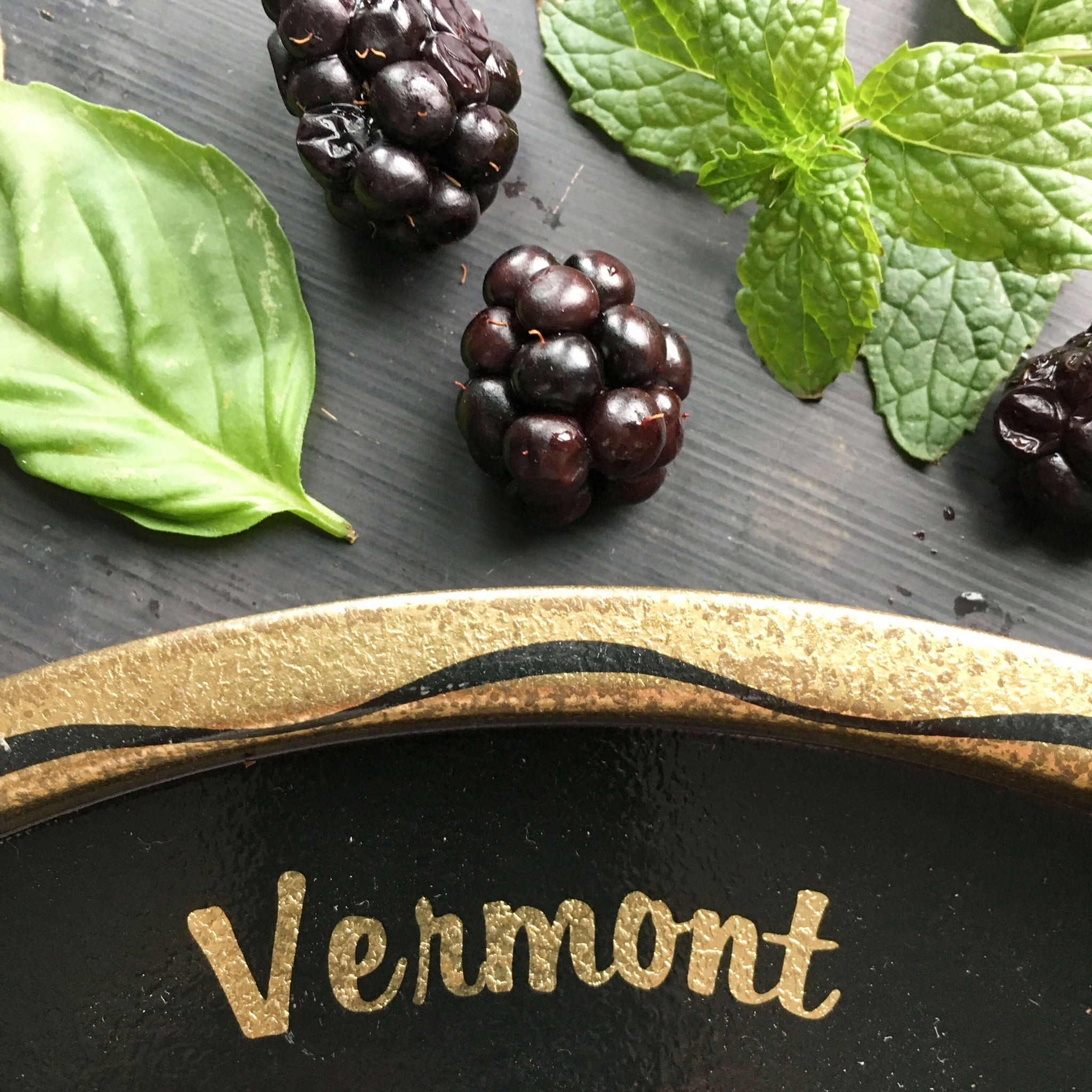 Vintage 1960's Vermont New Hampshire Tin Tray - Travel Souvenir - Black and Gold Travel Collectibles