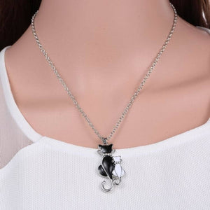 Black & White Cat Necklace - Cat Fantasy World