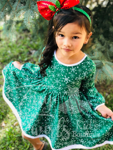 Green Snowflake Christmas Twirl Dress - In-Stock - Tiny Twirls Kids Boutique