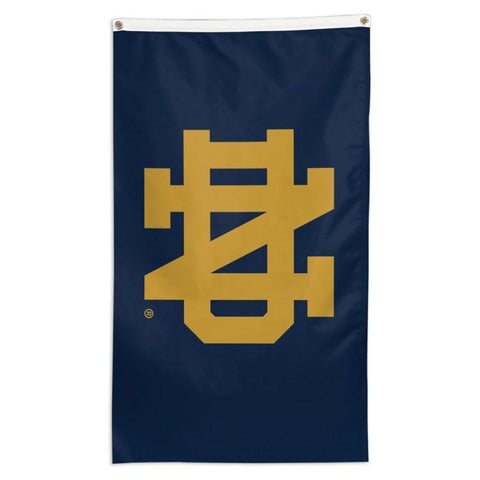 NCAA team flag Notre Dame Fighting Irish for sale for flying on a telescoping flagpole