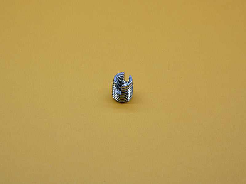 (AC-045-T) 45 SERIES THREADED INSERT – M12 X 1.75 TO M8 X 1.25