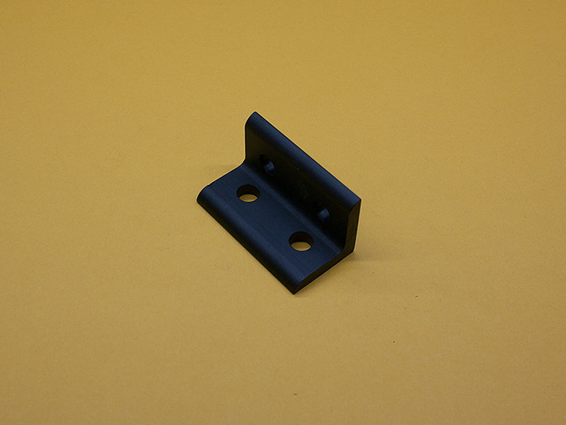 (CB-010-E-BLACK) 4 HOLE INSIDE CORNER BRACKET – BLACK ANODIZED