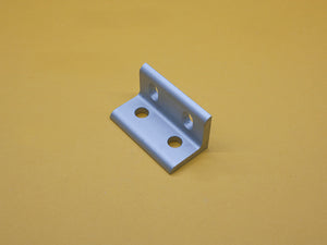 (CBS-010-E) 4 HOLE SLOTTED INSIDE CORNER BRACKET