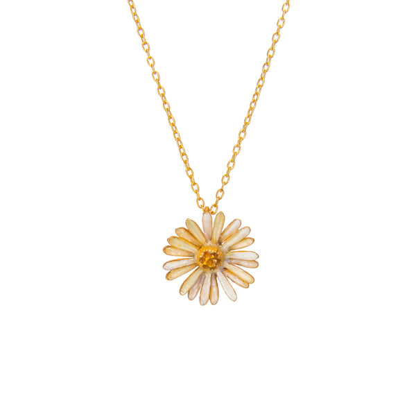 Effortless White Daisy Pendant Necklace