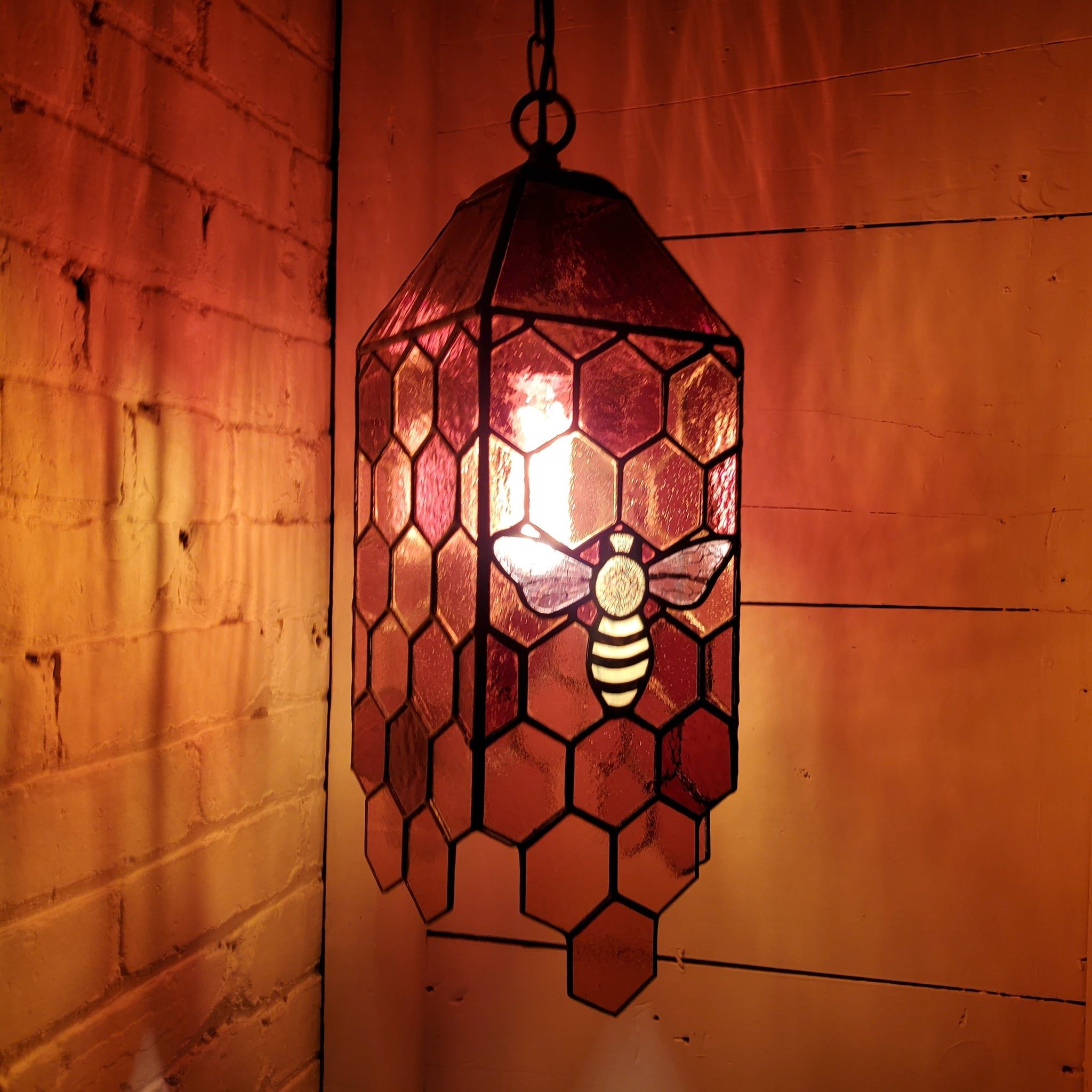 Honeybee honeycomb copper foil lamp lantern