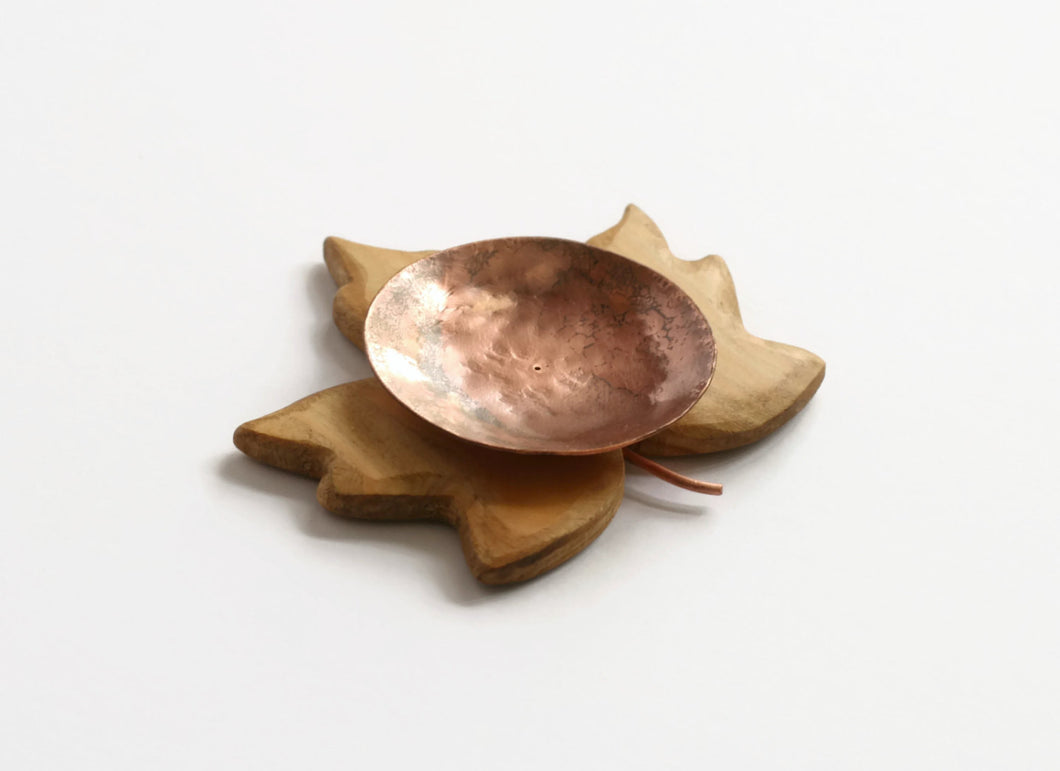 Wooden Sycamore Leaf Candle Holder
