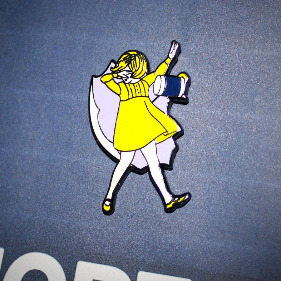 DAB! Salt girl - Pinupper Online Enamel pin Shop | Game, Pop Culture, Cartoon, Lifestyle, Streetwear Accessories
