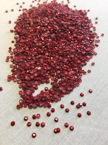 2mm Red Rhinestuds