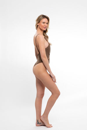 Le Fleur One Piece in Hot Sand - Abruzzo Swim