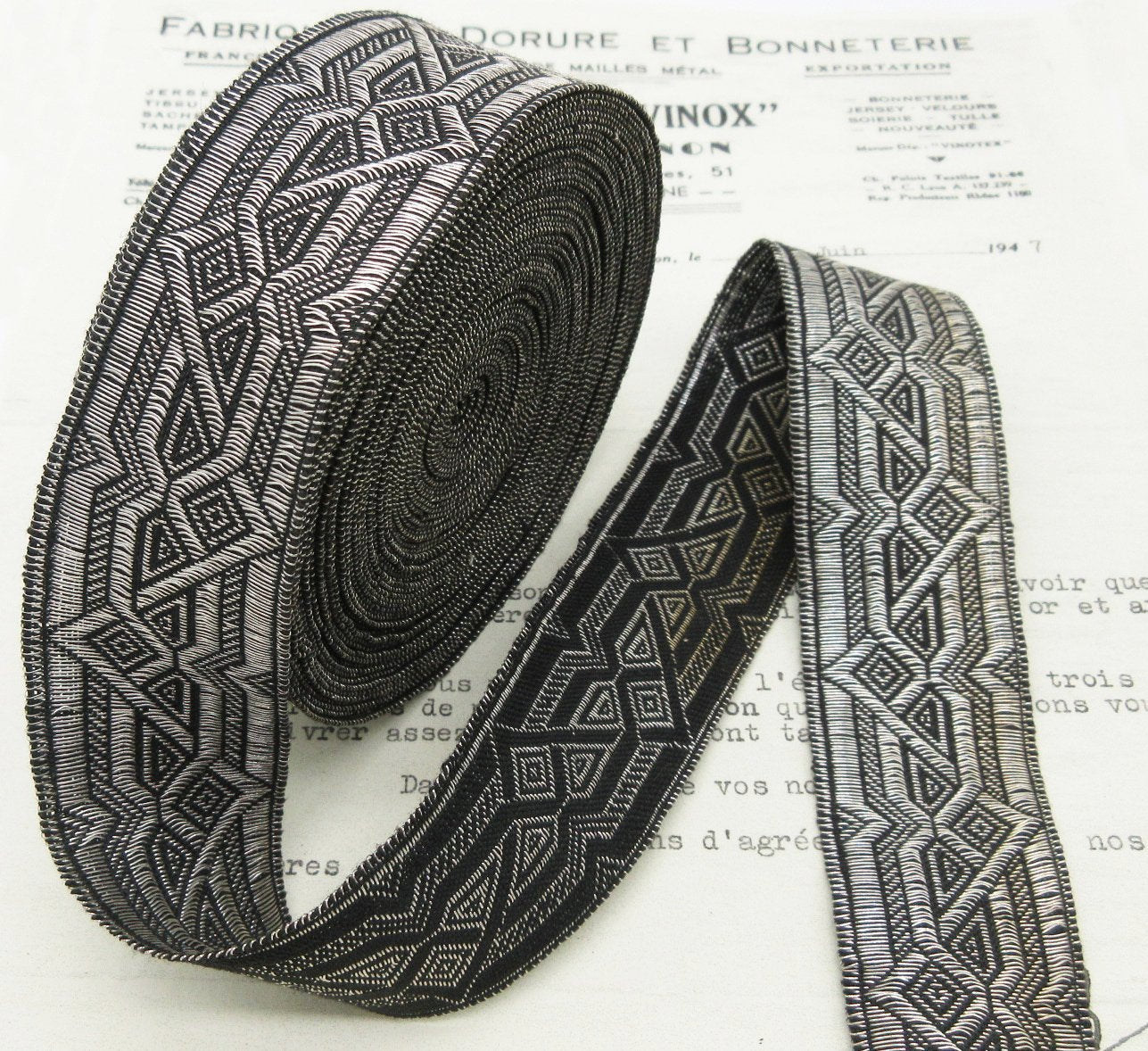 Black/Silver Deco Galloon Trim  1 1/4""