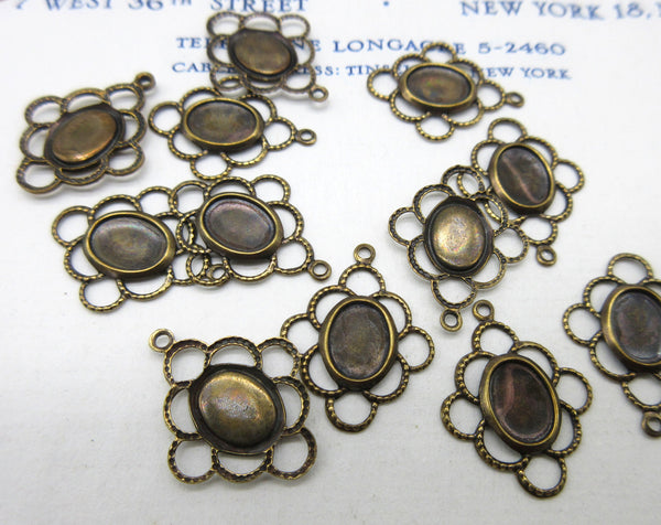 Fancy Scallop Bezel Stampings 12 Pcs