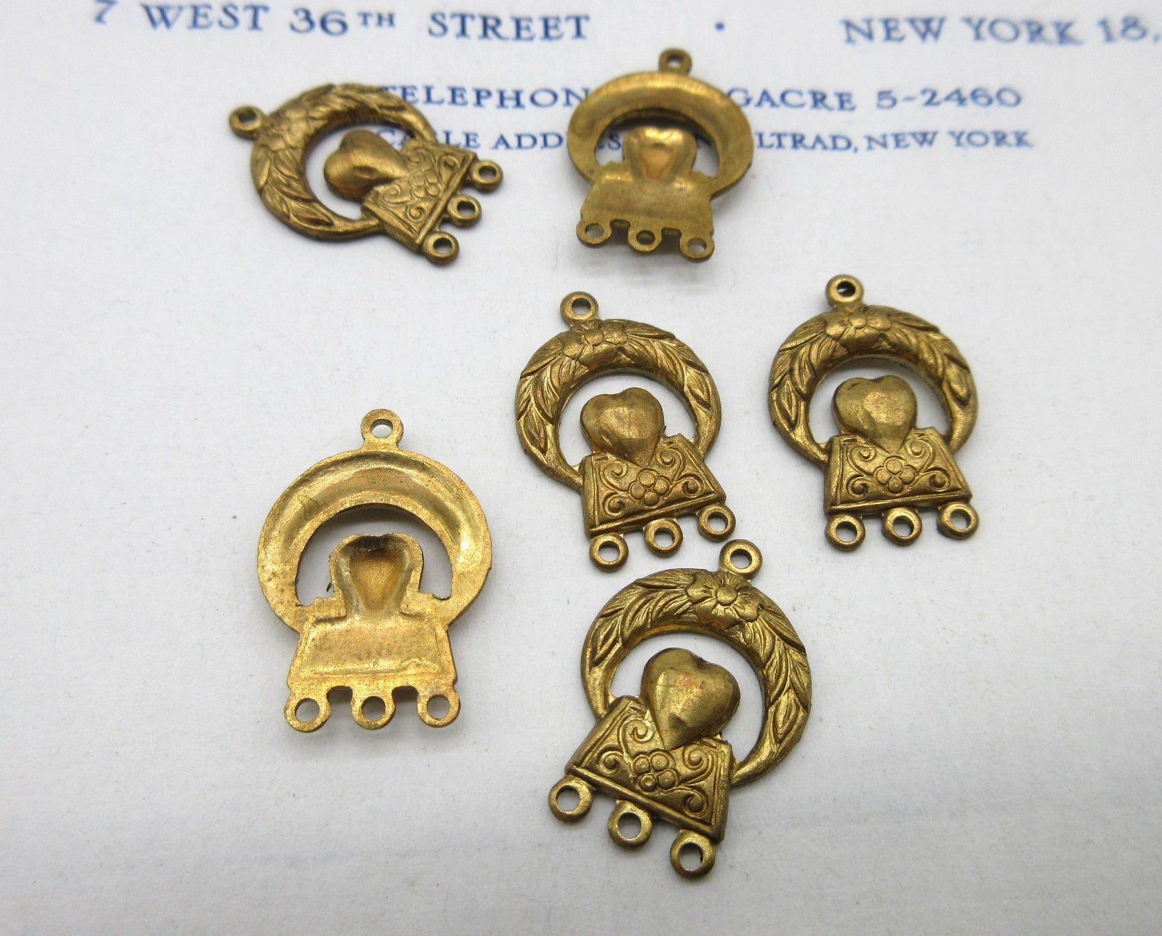 Heart/Wreath Stampings 6 Pcs