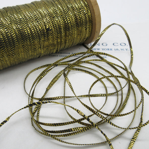 Flat Oval Gold/Black Metallic Twine Thread 3/32""