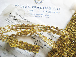 Wavy Gold Metallic Trim 1/2""