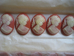 Coral/Cream Cameo 25mm x 18mm 6 pcs