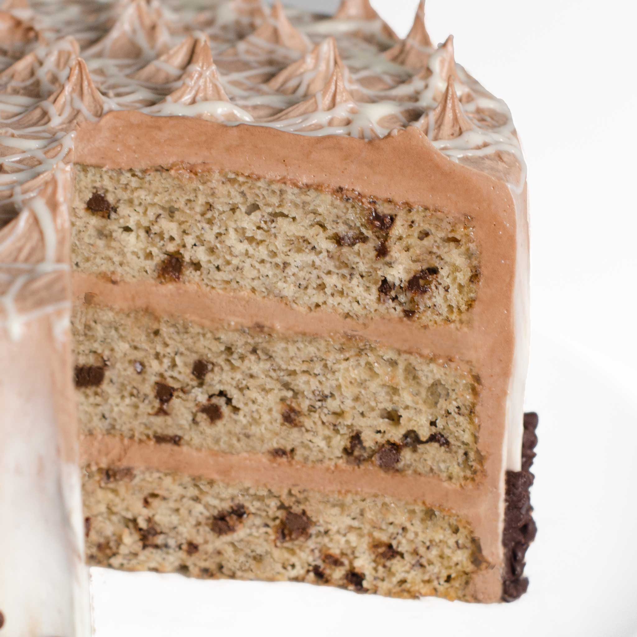 La-Rocca-Chocolate-Chip-Banana-Cake-8-in-Detail