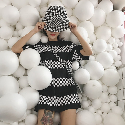 """Checkerboard Prints"" Loose One Piece Shirt"