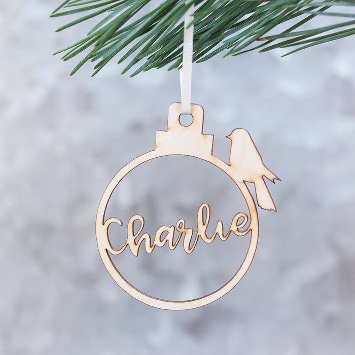 ROBIN NAME CHRISTMAS BAUBLE-clouds-and-currents