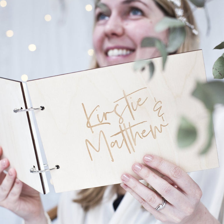 COUPLES WEDDING DAY GUEST BOOK