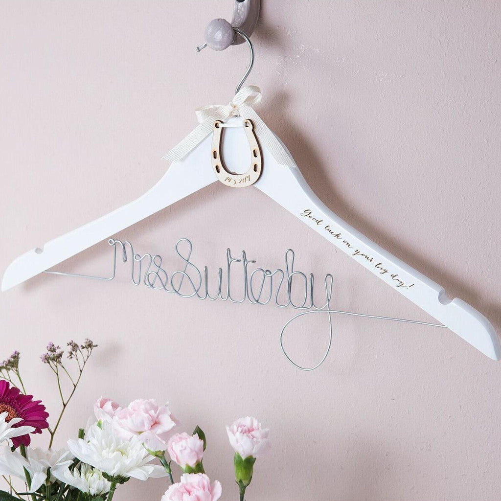 LUCKY HORSESHOE WEDDING HANGER-clouds-and-currents