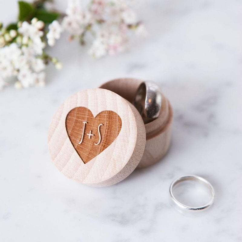 COUPLES HEART WEDDING RING BOX-clouds-and-currents