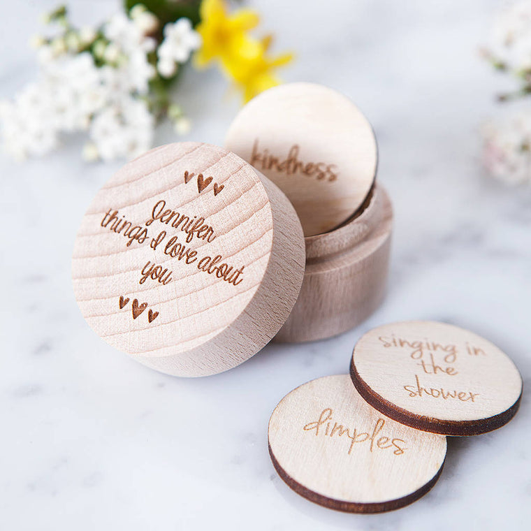 PERSONALISED 'REASONS I LOVE YOU' TOKEN BOX