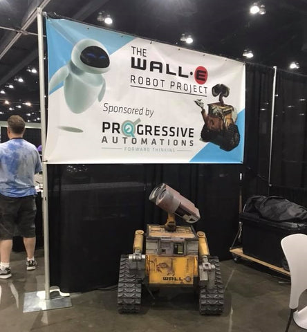 Photo of Wall-E Robot at LA Comic-Con