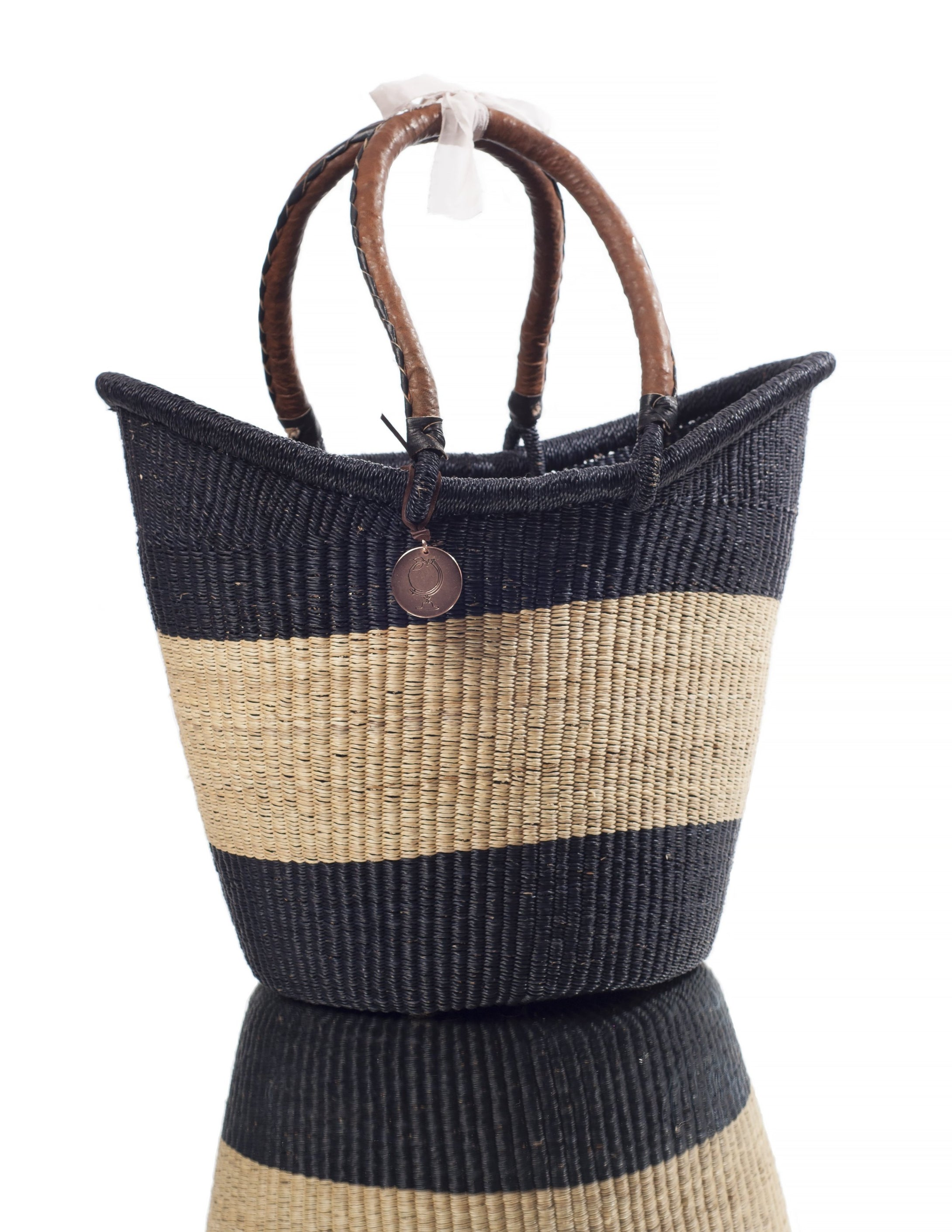 large baskets with handles in black