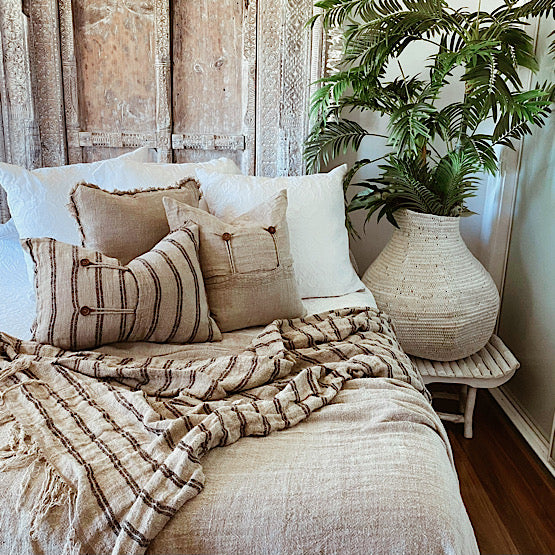 Handloomed Cushion Cover - Fringe Natural