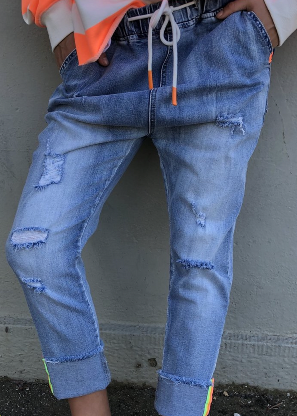 Distressed Jogger Jean - BACK SOON