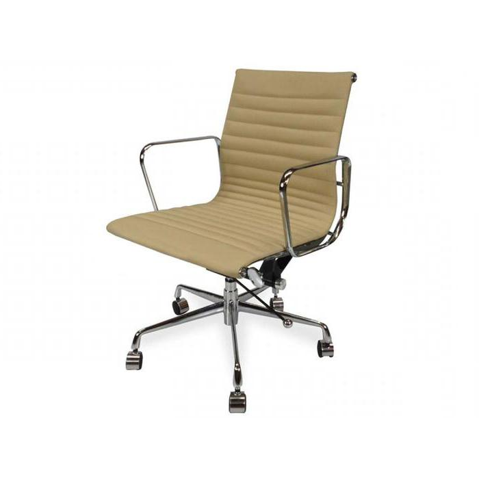 Management Leather Boardroom Office Chair - Eames Replica - Light Brown