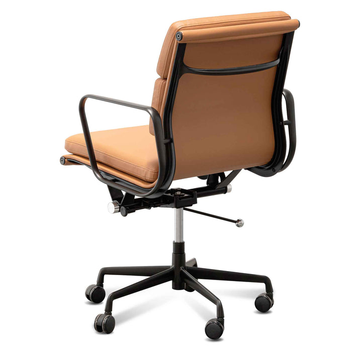 Ashton Low Back Office Chair - Saddle Tan in Black Frame OC6404-YS